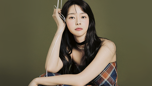 Kwon Nara For Grazia Magazine December Issue
