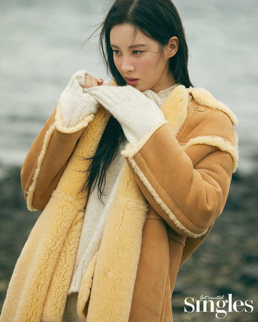 SeoHyun For SINGLES Magazine December Issue