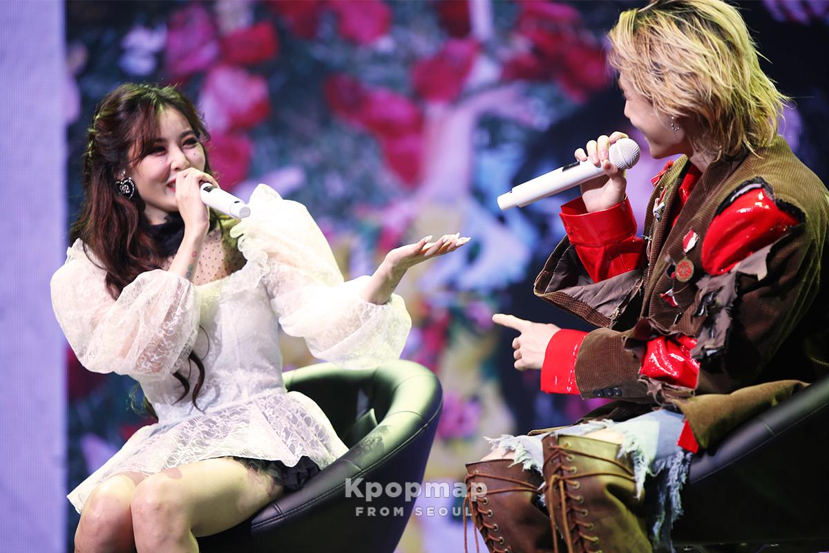 Exclusive Photos: HyunA 'FLOWER SHOWER' & DAWN 'MONEY' Press Showcase