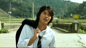 "Hyun Bin Profile: Handsome Hallyu Actor From ""Secret Garden"" To ""Crash Landing On You"""