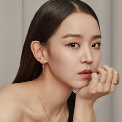 """Shin HyeSun Profile: Scene Stealer Elegant Actress From """"My Golden Life"""" To """"Mr. Queen"""""""