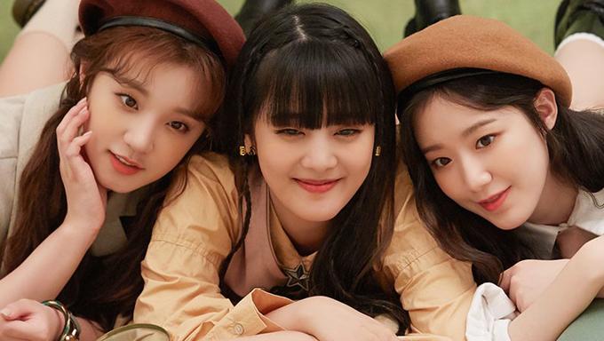 (G)I-DLE, (G)I-DLE profile, (G)I-DLE member, (G)I-DLE 202 season greeting, (G)I-DLE SoYeon, (G)I-DLE MiYeon, (G)I-DLE Minnie, (G)I-DLE SooJin, (G)I-DLE Yuqi, (G)I-DLE Shuhua, (G)I-DLE photoshoot