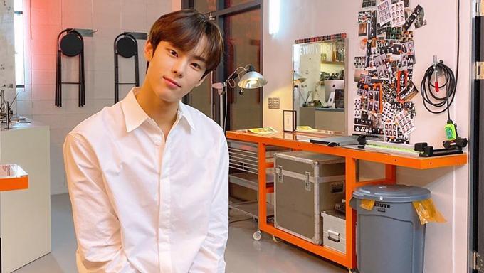 yoon seobin, yoon seobin profile, yoon seobin facts, yoon seobin age, yoon seobin comeback, yoon seobin facts, yoon seobin fanmeeting,