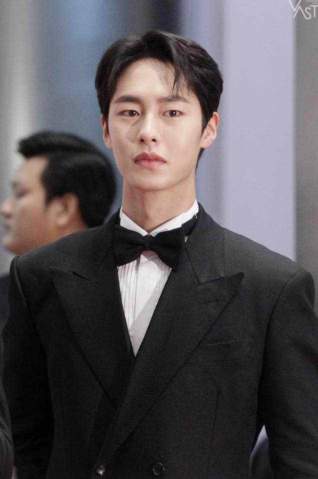 Actor Lee JaeWook Opens Official Twitter
