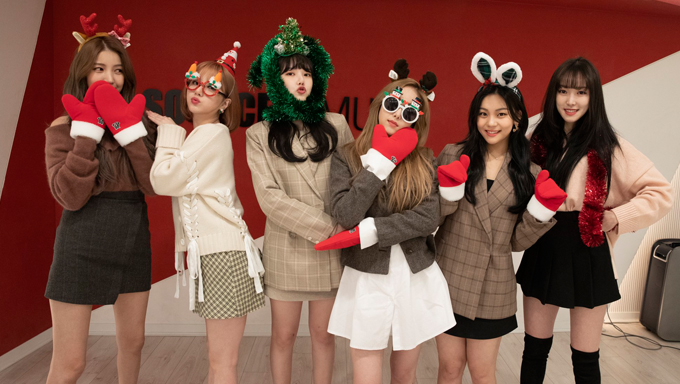 """Netizens Think That GFriend's Comeback With """"回:LABYRINTH"""" May Be Related To BTS"""