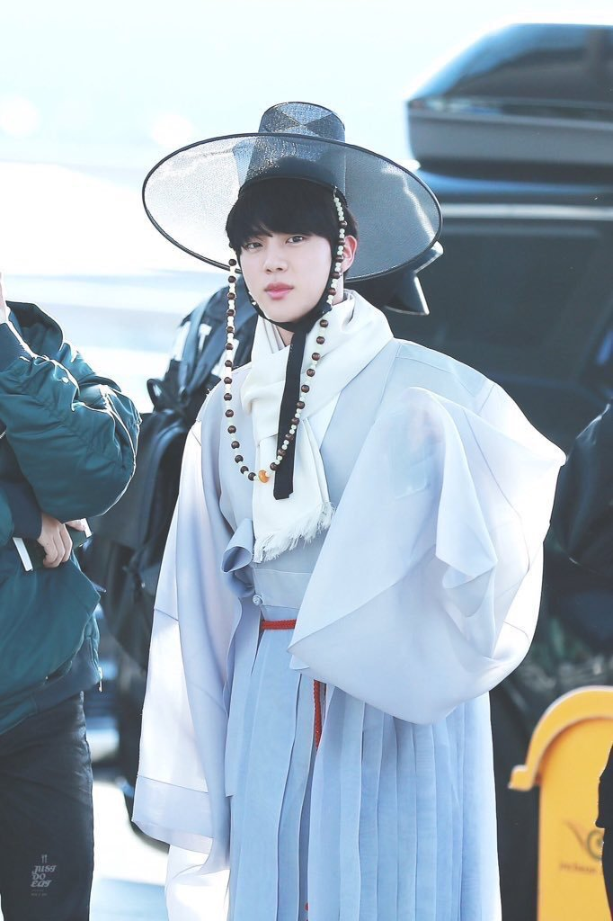 10 K-Pop Idols And Groups Who Look Fabulous In Traditional And Modern Hanbok