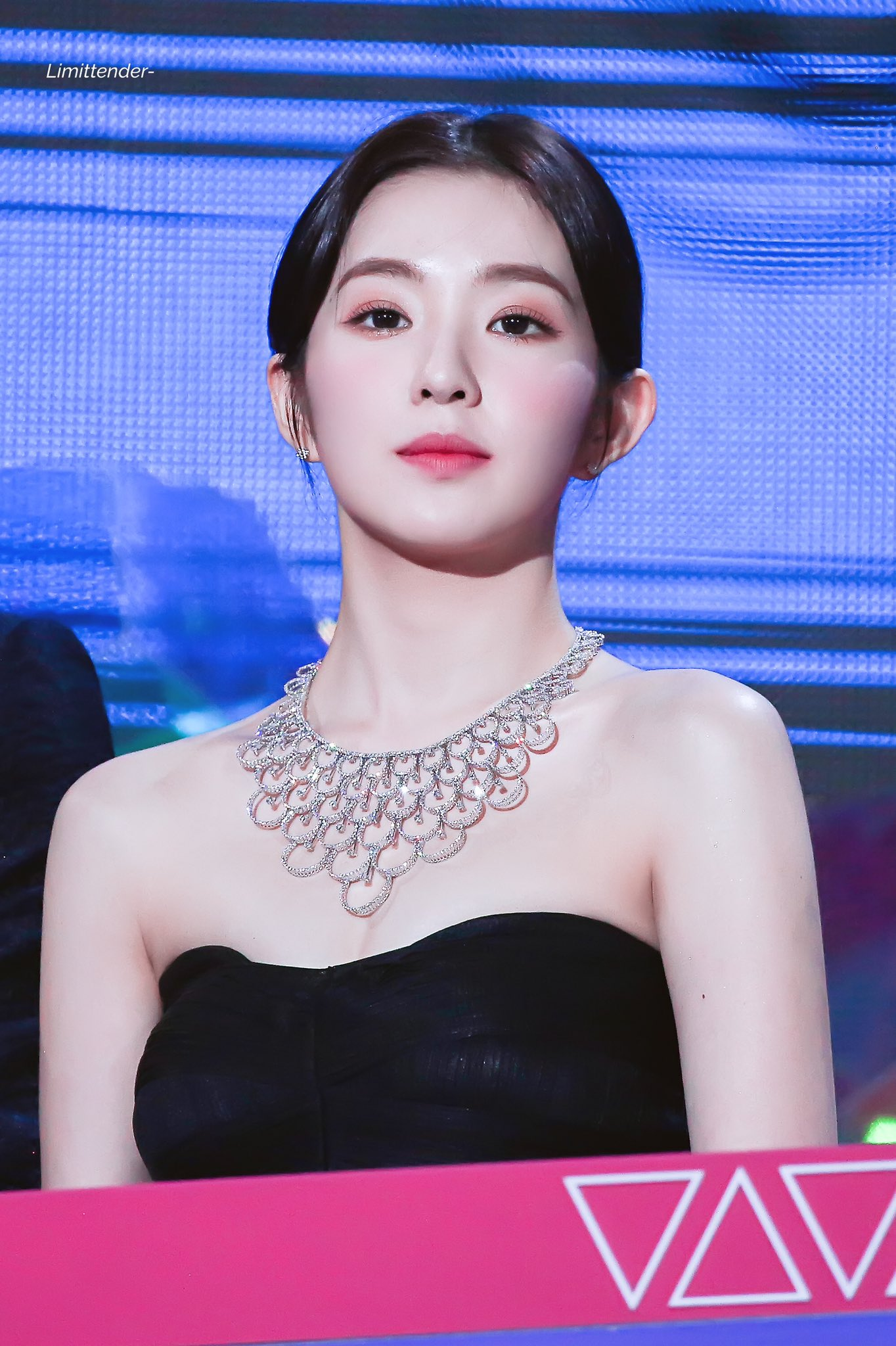 Value Of Red Velvet's Irene Necklace Causes Many To Look Twice | Kpopmap