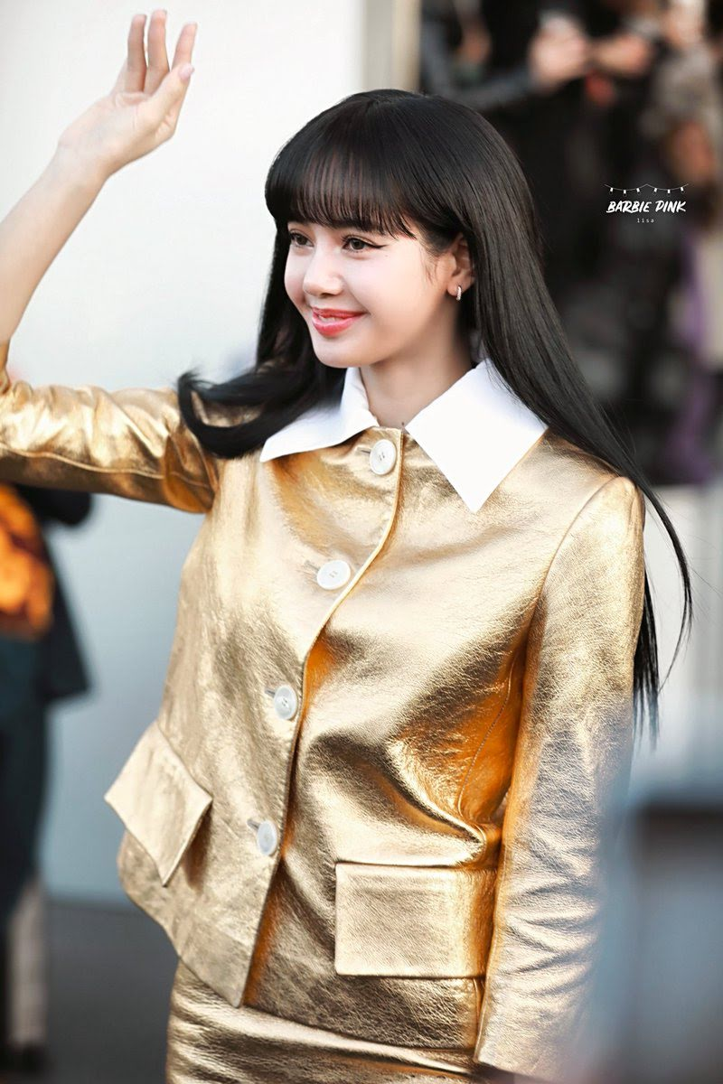 BLACKPINK Lisa Glitters In Gold At Prada Milan Fashion Week