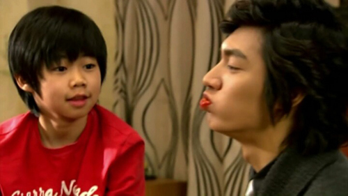 Park JiBin Profile: From Child Actor To Nunas' Heart Stealer
