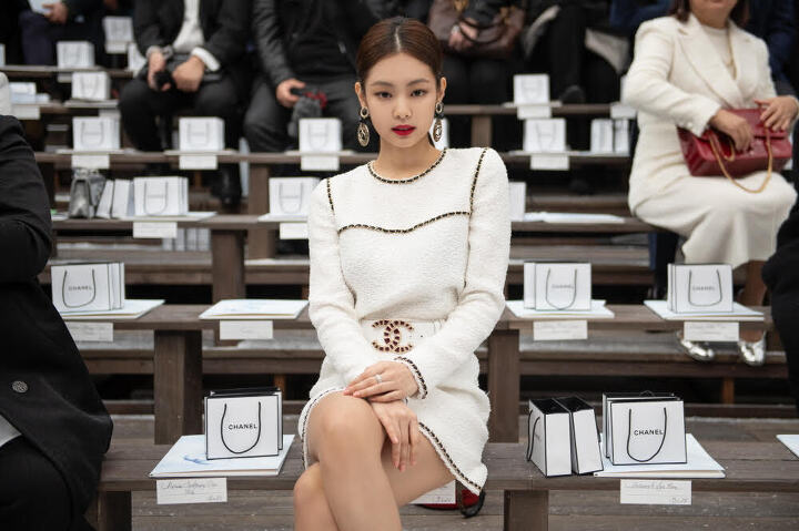 The Only 2 Idols Who Have Truly Been CHANEL's Muse In K-Pop