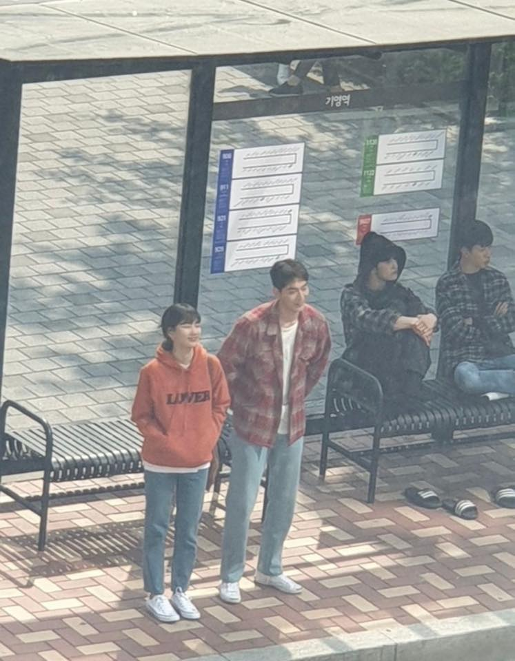 """Suzy & Nam JooHyuk Spotted Filming For Upcoming Drama """"Start-Up"""""""