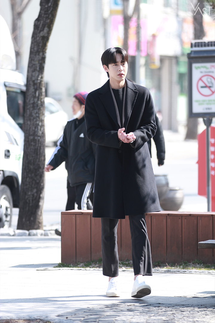 8 Korean Actors With The Height Of 187 Cm That Wow With Great Figures (Part 2)