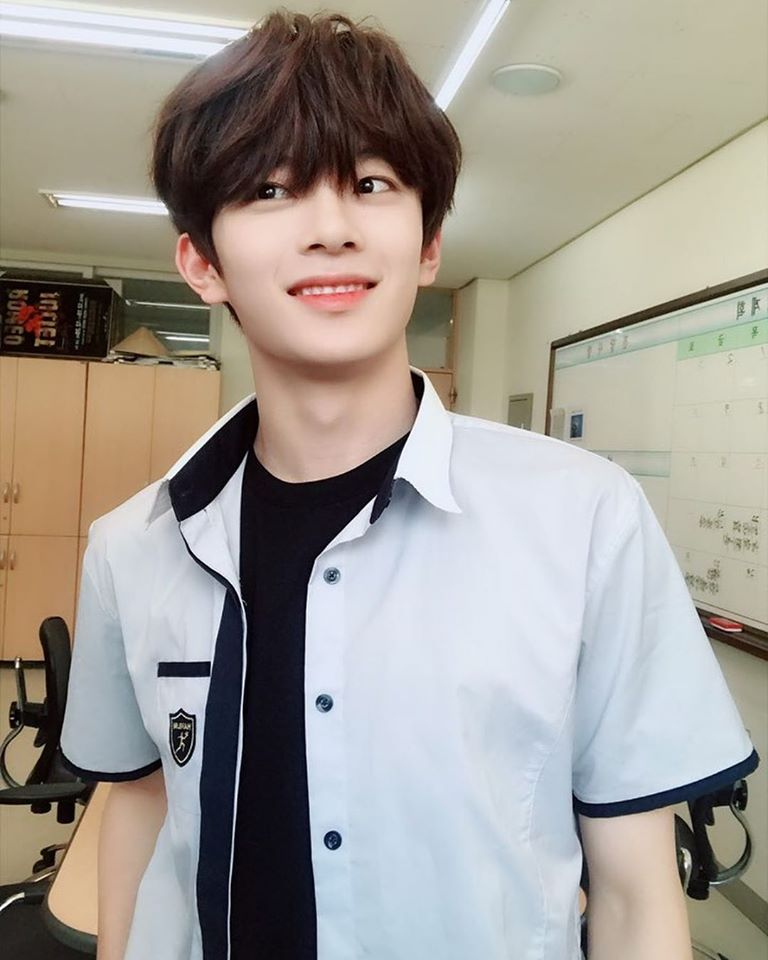 VERIVERY's KangMin Catches Attention Of Netizens With Hanlim Summer Uniform