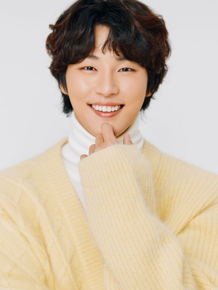 Top 10 Most Handsome Korean Actors According To Kpopmap Readers (May 2020)