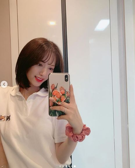 Short Hairstyles Shown By Female Idols You Can Try Out In The Summer