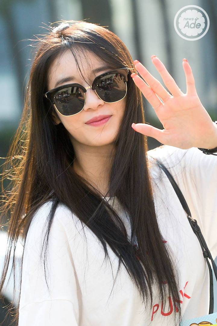 Need Shades For This Summer in 2020? Find Out What K-Pop Idols Have Worn Before