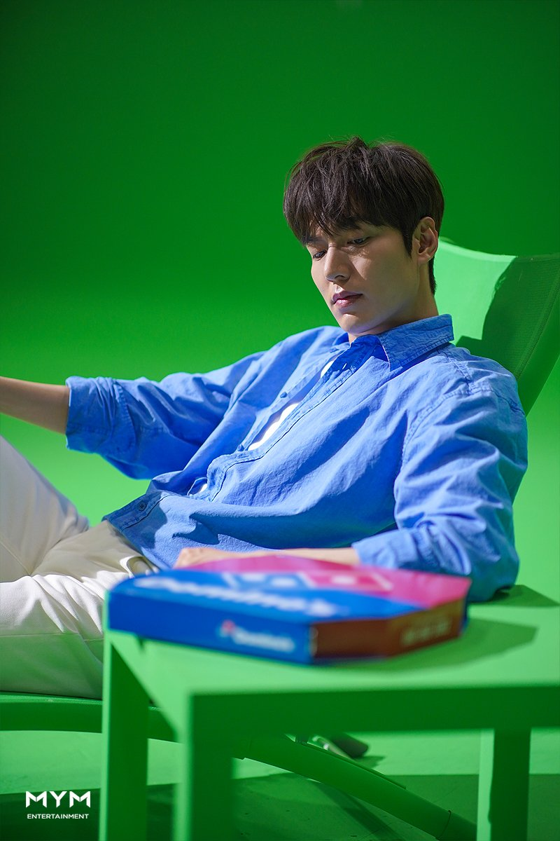 Lee-MinHo-Commercial-Shooting-Behind-the