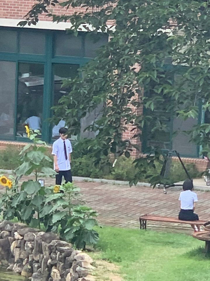 "WEi's Kim YoHan & So JooYeon Spotted Filming For Web Drama ""A Love So Beautiful"""