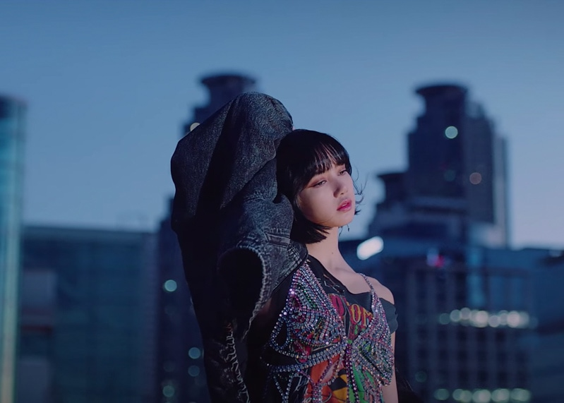 Get The Looks Of Lisa From BLACKPINK's 'Lovesick Girls'