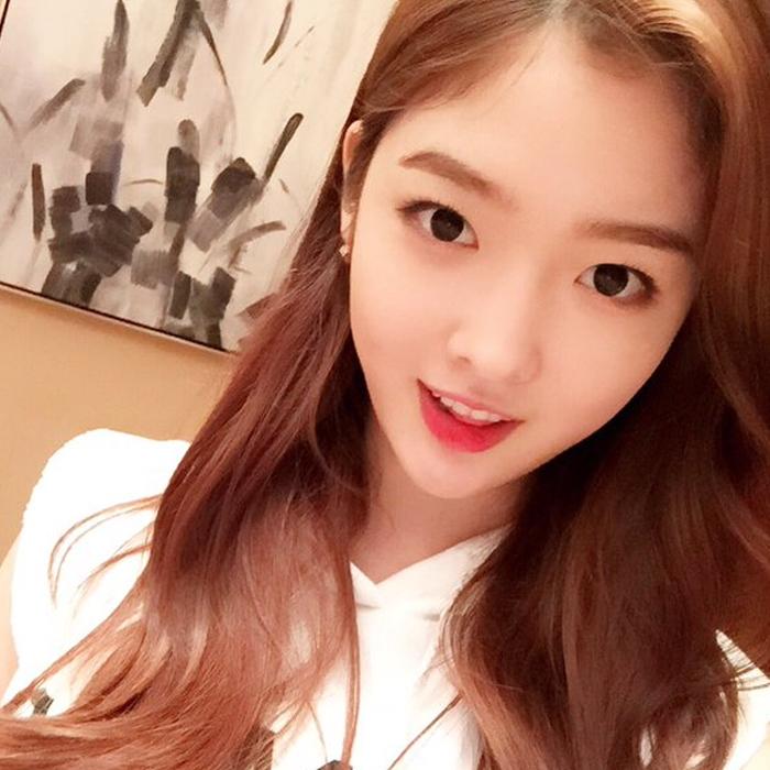 Ahn EunJin