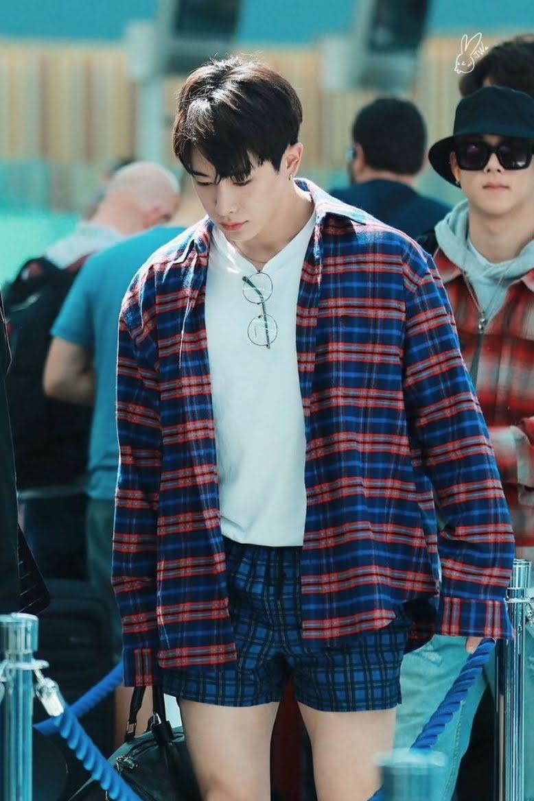 3 K-Pop Celebrities Who Wore Underwear & Swimsuit In Public For Fashion