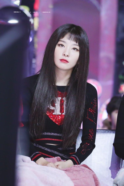 3 Female K-Pop Idols Who Looked Best With Choppy Bangs