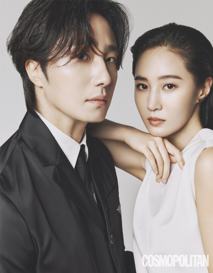 """""""Bossam: Steal the Fate"""" Lead Actors Jung IlWoo & YuRi Have A Photoshoot Filled With Chemistry"""