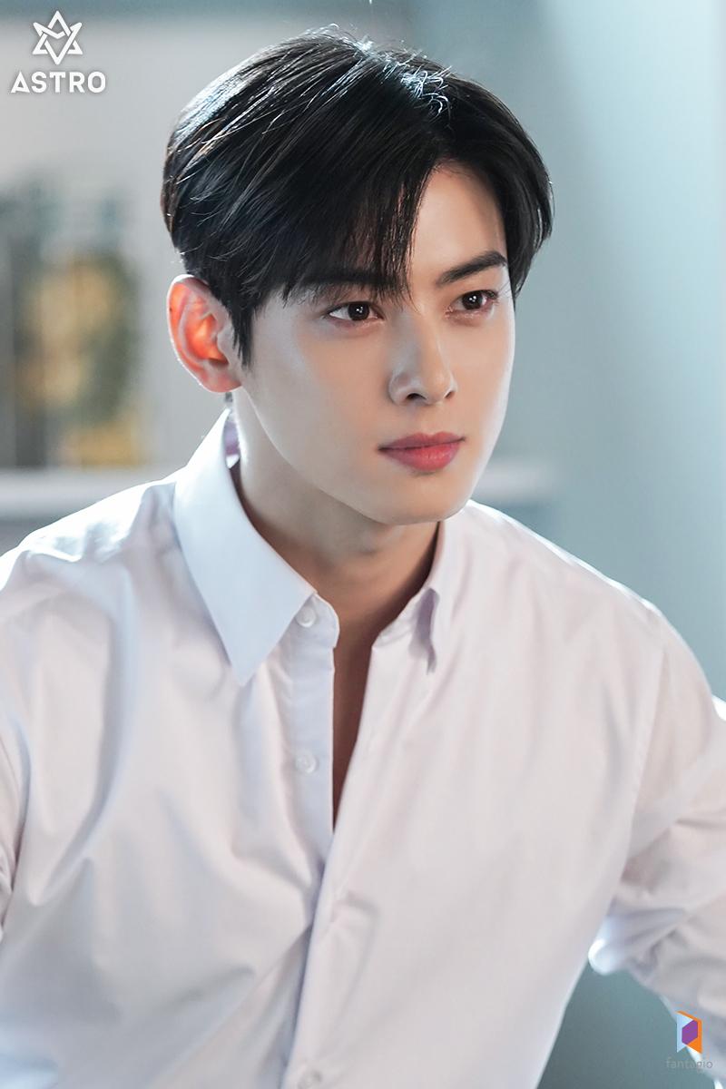 Top 10 Most Handsome Korean Actors According To Kpopmap Readers (May 2021)