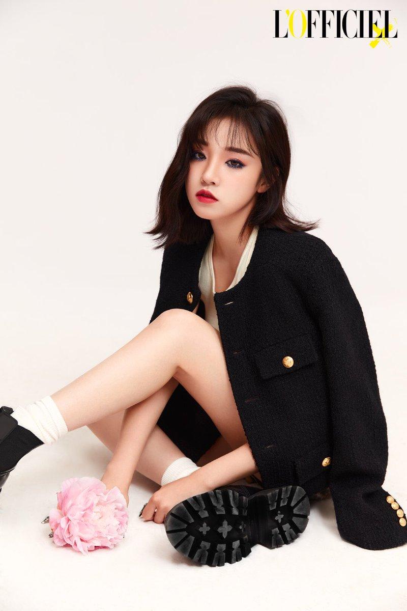 7 Chinese K-Pop Idols Who Look Like Royalty