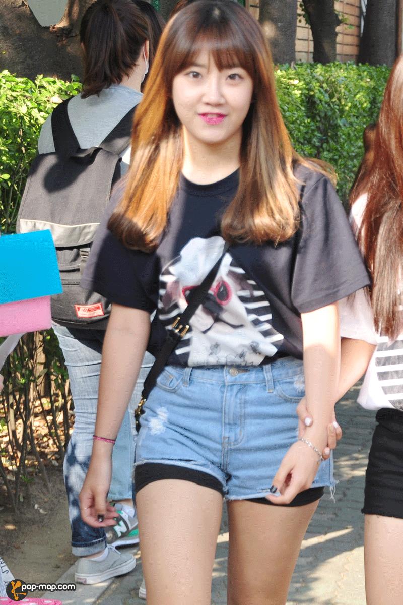 150703 Music Bank : Who Wears Short Shorts?